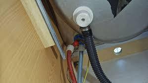 ratgeber armaturen tauschen im wohnwagen caravaning