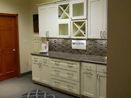 Wellborn Cabinet Inc Ashland Al by Wellborn Kitchen And Bath Cabinets Store With Style