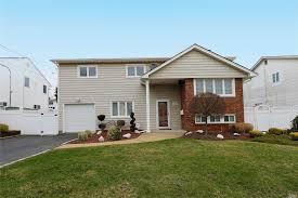 100 Malibu House For Sale 2515 Rd Bellmore NY 11710 NYStateMLS Listing