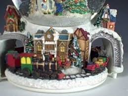 christmas musical snow globes palle di neve pinterest