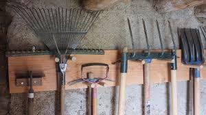 pas à pas réaliser un porte outils de jardin