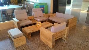 DIY Pallet Living Room Sofa Set