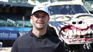 VIDEO: A Look At Raiders QB Derek Carr's New 'Monster' Receiver ... Oakland Alameda Coliseum Section 308 Row 16 Seat 10 Monster Jam Event At Evention Donkey Kong Pics Only Mayhem Discussion Board Sandys2cents Ca Oco 21817 Review Rolls Into Nlr In April 2019 Dlvritqkwjw0 Arnews 2015 Full Intro Youtube California February 17 2018 Allmonster Image 022016 Meyers 19jpg Trucks Wiki On Twitter Is Family Derekcarrqb From 2011 Freestyle Bone Crusher Advance Auto Parts Feb252012 Racing Seminars Sonoma County Fair