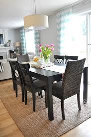 Dining Room Varnished Teak Wooden Table Dark Oak Wood Veneer Finish Traditional Display Modern Rugs