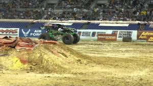 Grave Digger Monster Truck Monster Jam Freestyle Back Flip Attempt ...