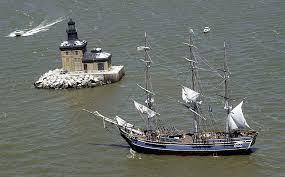 Hms Bounty Sinking 2012 by Coast Guard Rescues 14 Who Had To Abandon Tall Ship Off N C Coast