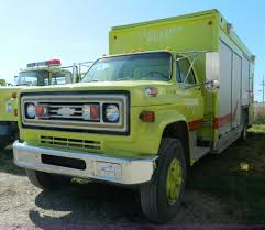 1973 Chevrolet Truck With Beverage Body | Item J5104 | SOLD!... 1999 Sterling L7501 Beverage Truck For Sale 514350 Beverage Truck For Sale In Connecticut Ready Work 2003 Freightliner Fl70 Delivery 2007 Intertional 4400 Single Axle By For Sale 245328 Miles 1993 Gmc Topkick 8955 Commercial On Cmialucktradercom Used Trucks Isuzu 1237 Dimension Bodies Hackney