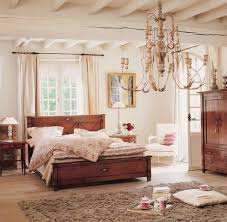 Image Of Colonial Furniture Style Bedroom