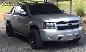 2012 Chevrolet Avalanche Fuel Beast Rough Country Leveling Kit