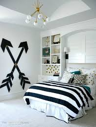 Cool Cute Wall Designs For A Teenage Girls Room Bedroom With Bed And Rack