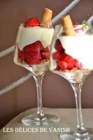 verrines des amoureux aux fraises les délices de vanish