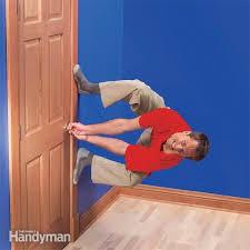 durchhängende oder klebende türen reparieren diy home