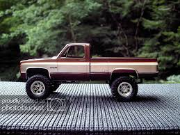 100 Plastic Model Trucks My Fall Guy GMC With Color Scale Auto Magazine For Building