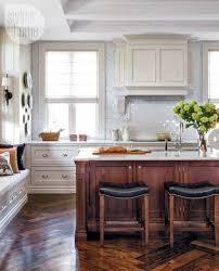 two tone kitchen cabinets decorology kitchens kitchen reno