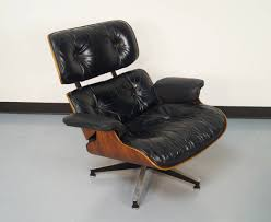 Rosewood Charles Eames Lounge Chair And Ottoman For Herman Miller At ... Charles Ray Eames Lounge Chair Vitra 70s Okay Art Early Production Eames Rosewood Lounge Chair Ottoman Matthew Herman Miller Vintage Brazilian 67071 Original Rosewood 670 And Ottoman 671 For Herman Miller At For Sale 1956 Moma A