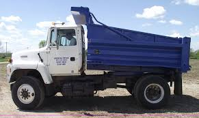 1994 Ford LN9000 Single Axle Dump Truck | Item 5440 | SOLD! ... 1995 Intertional 8100 Single Axle Dump Truck Dt 466 Diesel 6sp 2007 Mack Cv713 For Sale 79900 Or Make Offer Triaxle Steel Youtube 2002 Sterling L8500 Sale By Arthur Keep On Truckin Dump Trucks For Sale In Md Intertional 4300 1989 Ford F700 Vin1fdnf7dk9kva05763 429 Ho Scale Singaxle White W 1999 Single Axle Dump Truck With Spreader 63000 Miles
