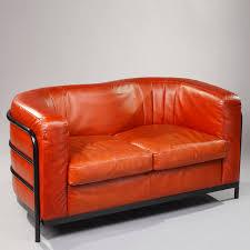 canapé zanotta canapé en cuir avec piétement en métal laqué noir zanotta modèle