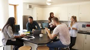 location chambre etudiant les différents types de logements étudiants cus