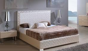 chambre avec tete de lit capitonn faire une tete de lit capitonnée