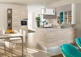 cuisine moderne deco cuisine bois clair idees de moderne en inspirations et des