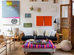 bilderwand im künstlerischen wohnzimmer bild kaufen