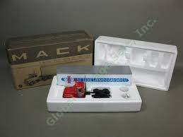 100 St Johnsbury Trucking NIB First Gear 134 RModel Mack Truck W 35 Trailer