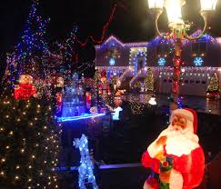 Christmas Tree Shop Saugus Massachusetts by Where To See The Best Christmas Lights Around Boston The Artery