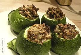 cuisiner courgette ronde courgettes rondes farcies au bœuf les légumes farcis
