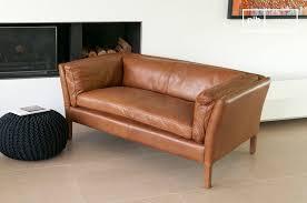 canapé cuir fauve canapé cuir hamar style vintage au design scandinave pib