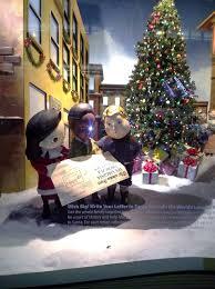 Rockefeller Christmas Tree Lighting 2014 Watch by Watching Holiday Windows In Nyc Rendezvous En New York