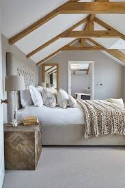 The Best Bedding and Decor for a Sleep friendly Bedroom Home