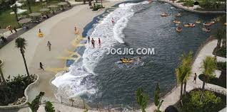 Ombak Tsunami Butan Di Jogja Bay Waterpark