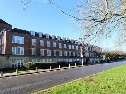 100 Rosanne House Bridge Road West Side Welwyn Garden City 2 Bedroom FlatApartment