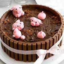 badende schweinchen torte eine kitkat wanne mit einem