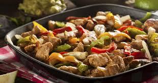 cuisiner les poivrons recette fajitas au poulet et aux poivrons 750g