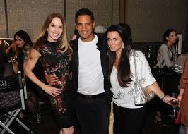 Kyle Richards Halloween 4 by Gigi Levangie Grazer Gets Support From Real Housewife Kyle
