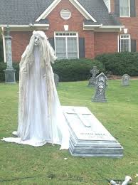 Funny Halloween Tombstones For Sale by Best 25 Grave Halloween Ideas On Pinterest Easy Halloween Cakes