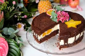 drip cake schoko pfirsich torte food ninastrada