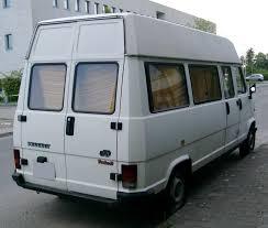 File Peugeot J5 rear Wikimedia mons