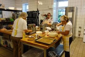kleine geile firmen 22 oma kuchen kuchentratsch