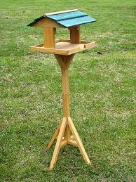 Free Bird Table Plans by Download Free Standing Bird Feeder Plans Plans Diy Corner Computer