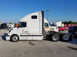 2005 VOLVO SEMI Truck $8,000 Or Best Offer - $8,000.00 | PicClick