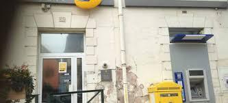 bureau de poste charenton rébellion contre la menace de fermeture d un bureau de poste à
