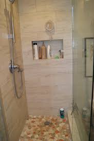 what color goes with tan tile towels for beige bathroom ceramic