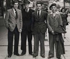 Interesting Vintage Photos Of Street Men Fashion In The 1930s