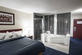 hotel avec service en chambre hotel centre hotelier in rouyn noranda canada cosy hotels