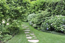 Modern Front Yard Designs And Ideas Best Design On Pinterest ... Garden With Tropical Plants And Stepping Stones Good Time To How Lay Howtos Diy Bystep Itructions For Making Modern Front Yard Designs Ideas Best Design On Pinterest Backyard Japanese Garden Narrow Yard Part 1 Of 4 Outdoor For Gallery Bedrock Landscape Llc Creative Landscaping Idea Small Stone Affordable Path Family Hdyman Walkways Pavers Backyard Stepping Stone Lkway Path Make Your