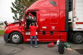 Cr England Transportation - Leon.escapers.co List Of Questions To Ask A Recruiter Page 1 Ckingtruth Forum Pride Transports Driver Orientation Cool Trucks People Knight Refrigerated Awesome C R England Cr 53 Dry Freight Cr Trucking Blog Safe Driving Tips More Shell Hook Up On Lng Fuel Agreement Crst Complaints Best Truck 2018 Companies Salt Lake City Utah About Diesel Driver Traing School To Pay 6300 Truckers 235m In Back Pay Reform Schneider Jb Hunt Swift Wner Locations
