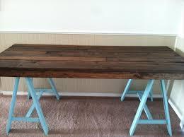 Endearing Wood Desk Ideas 5 Diy Easy Wooden Pallet Desk Ideas 99
