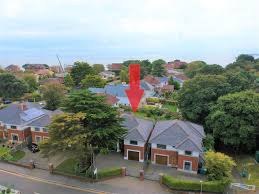 100 Canford Cliffs BH13 4 Bed Detached BH13 7JL 1100000 For